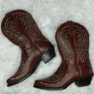 Ariat Stitched Leather Boots Women's Size 6